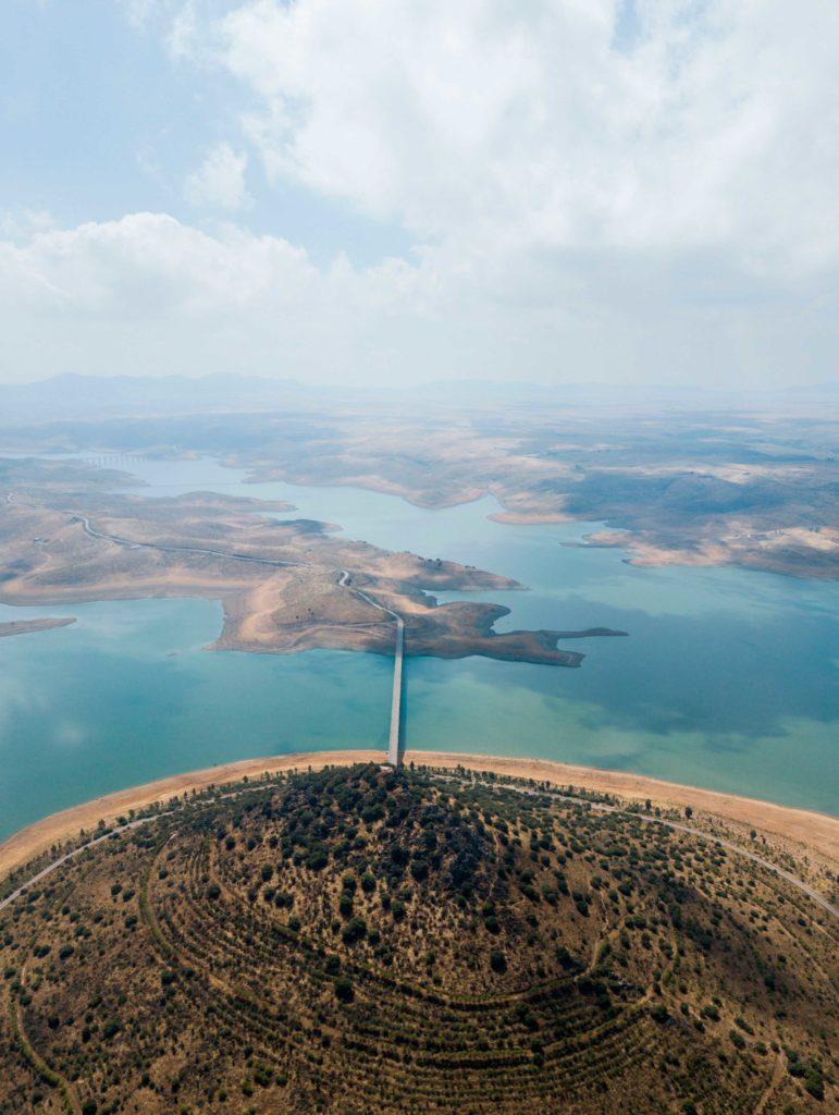 foto aérea pantano la serenaa
